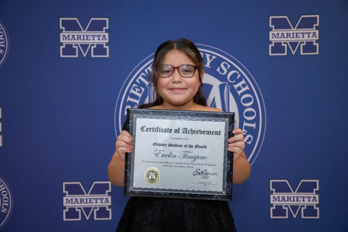 Evelin Tinajero: October Student of the Month